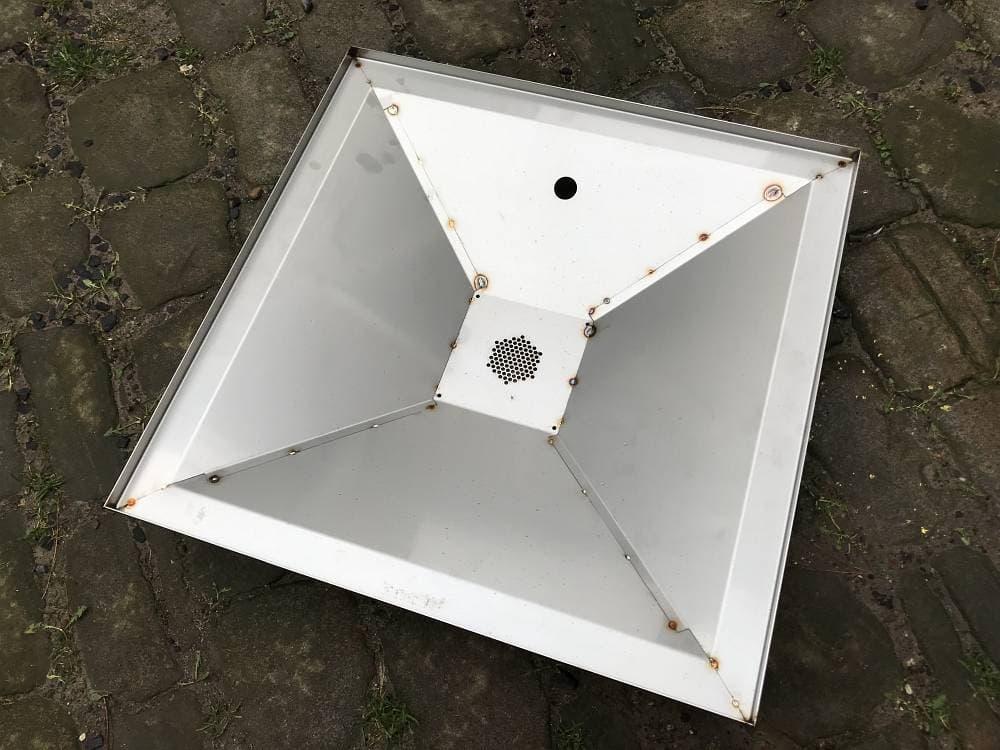 Wachsschmelztrichter für Segeberger- und Dadantbeute 51 x 51 cm