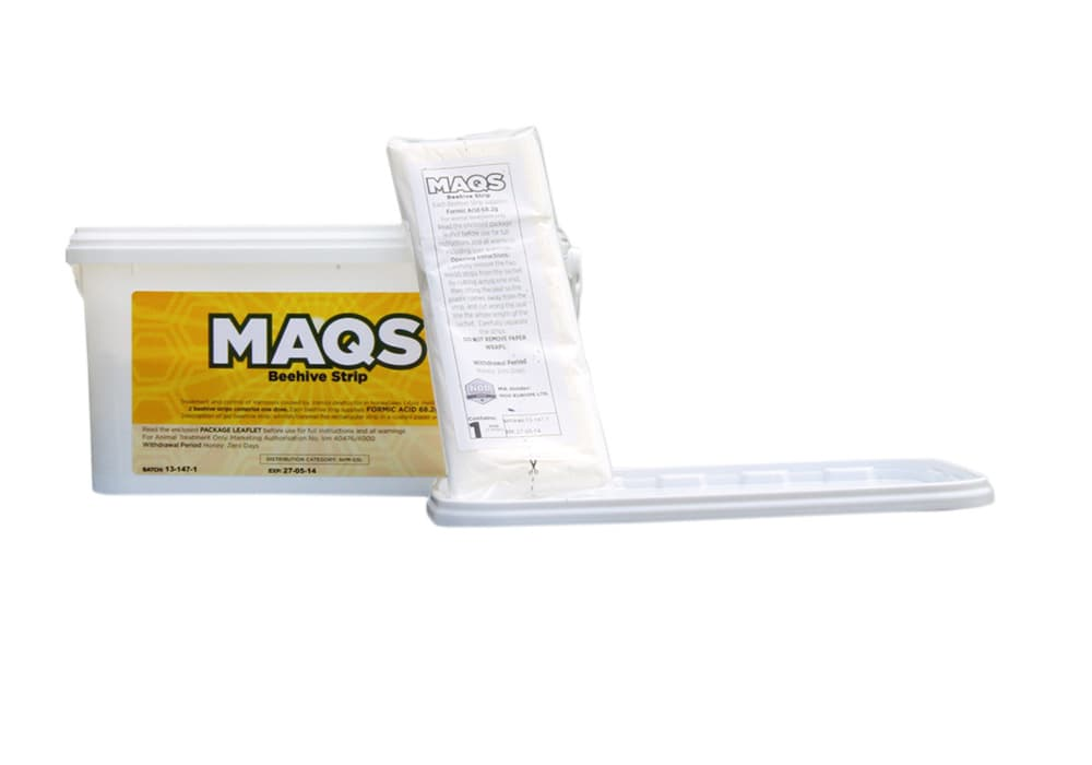 Ausverkauft: Neueingang Frühling 2022 MAQS Ameisensäure 68,2 g zur Varroabekämpfung 2 Dosiereinheiten insgesamt 4 Streifen,  MHD 02.2022